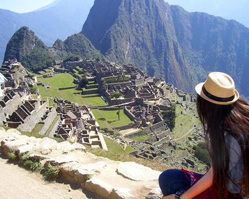 Hermosa vista panorámica de Machu Picchu desde Machu Picchu Montaña.