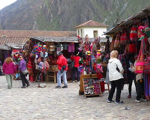 Mercado artesanal de Ollantaytambo