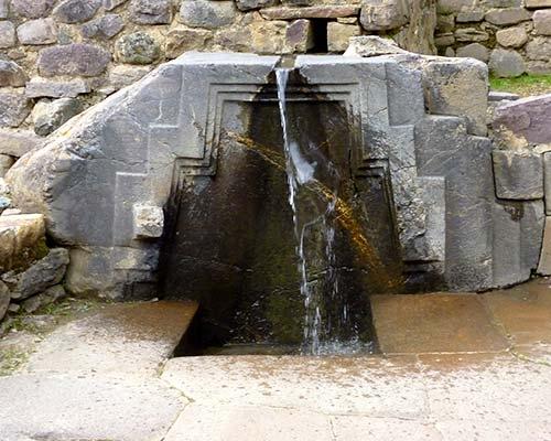 Fuente de Agua de Ollantaytambo