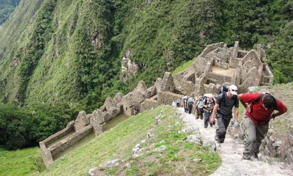 Camino Inca hacia Machupicchu